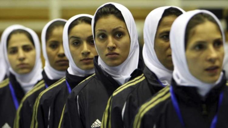 iranische fußballnationalmannschaft frauen_ transsexuell, transgender, geschlecht