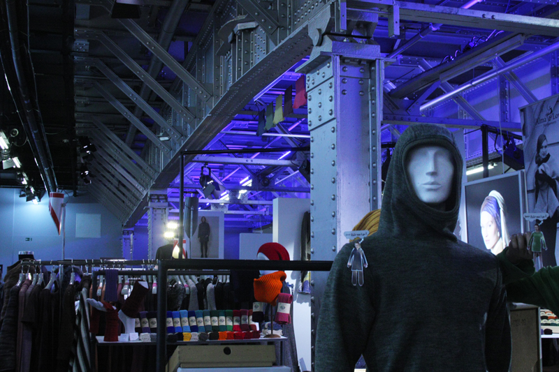 Green Ethical Showroom Modemesse Berlin Fashion Week Postbahnhof grüne Mode ethisch politisch korrekt kleiden