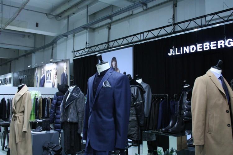 Premium Mode Modemesse Fashion Week Ausstellung Händlermesse Modeschau Anzug