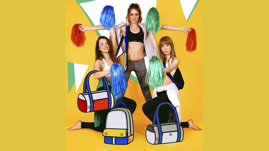 Jump From Paper Kollektion Frühjahr/Sommer 2015  neue Kollektion bunte Taschen flach Comic Style