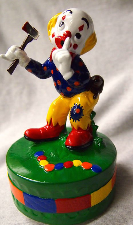 Porzellanfiguren Killerclown