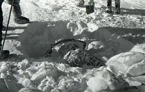 Leiche im Schnee djaltow pass uralgebirge mysteriöse kriminalfälle tod yeti urvolk atomtest