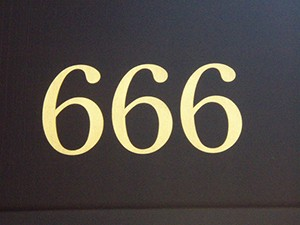 Zahl des Teufels Internetlegenden
