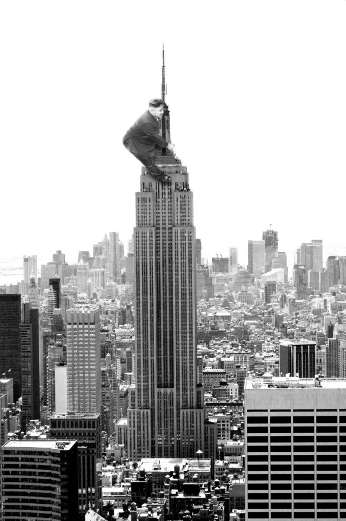 Kim Jong Un testet Betten auf dem Hochhaus King Kong Empire State Building