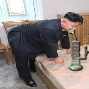 Kim Jong Un testet Betten huldigt den Drogen Haschischvase Nordkorea