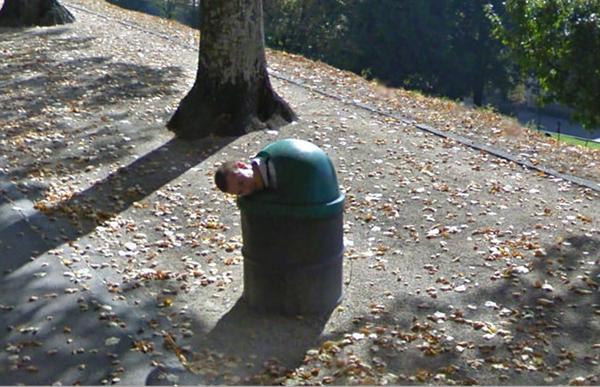 Google Street View liefert lustige Bilder: Nickerchen