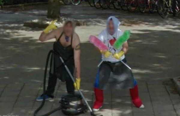 Frühjahrsputz Lustige Bilder in Google Street View
