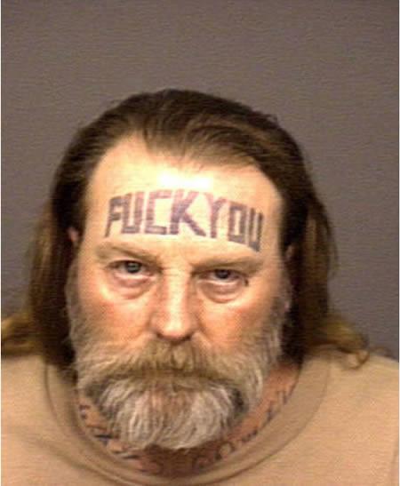 Tattoos mit Bedeutung im Gesicht