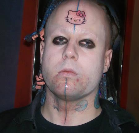 Hello Kitty Tattoo auffällige Gesichtstattoos