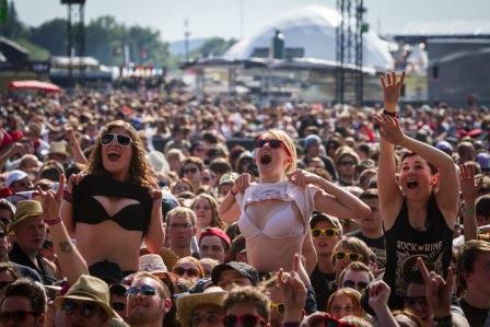 Rock am Ring Fans Brüste