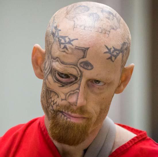 two face tattoo auffällige Gesichtstattoos Gefängnistattoos