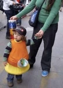 unpassende halloweenkostüme für kinder_babybong
