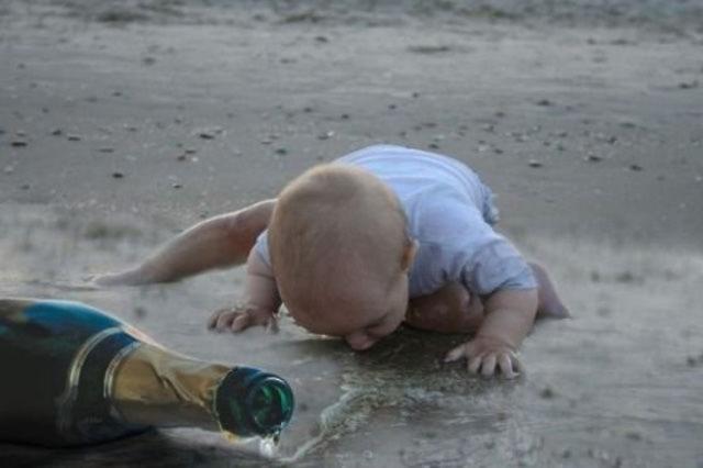 Flaschenmenschen: Die Ähnlichkeit zwischen Kindern und Betrunkenen