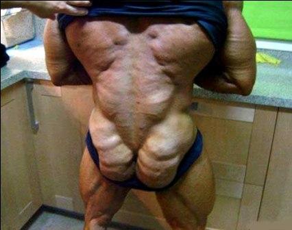Muskulöse Strandkörper