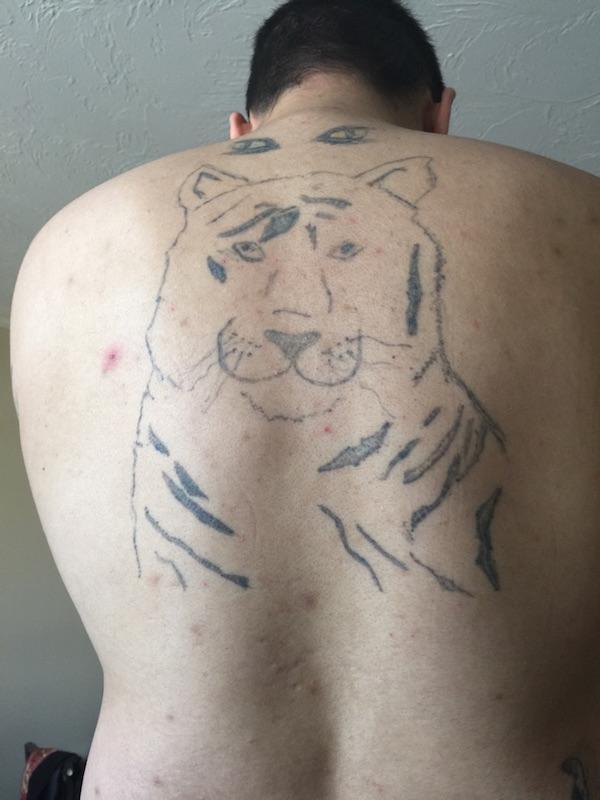20 hässlichsten tätowierungen ugly tattoo tattoo fail gurke tiger rücken