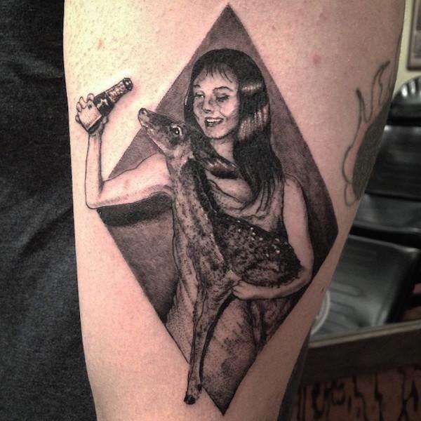 außergewöhnlich hässlich seltene tattoos bambi hipster