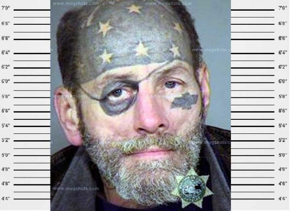 amerikanischer pirat gesichtstattoos lustige mugshots