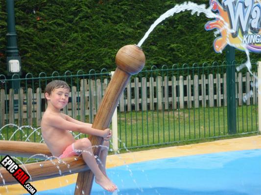 waterpark-fail-phallus-water-squirt