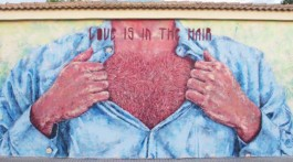 Love is in the hair Street Art