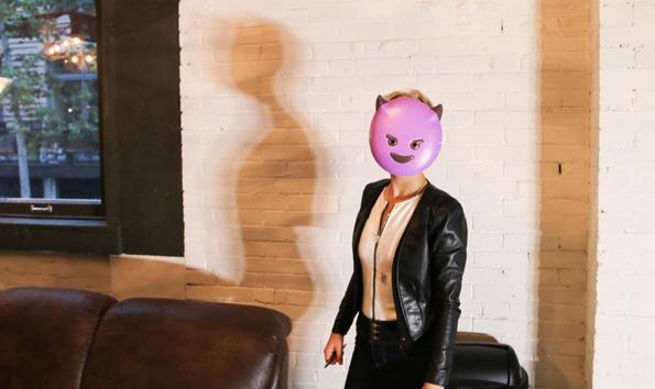 Emoji Halloween-Kostüm