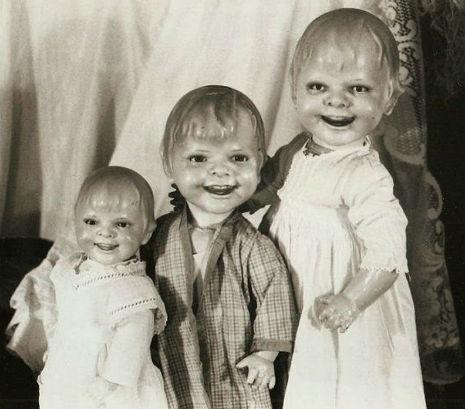 Schaurige Puppen