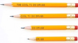 too cool to do drugs unüberlegte designs