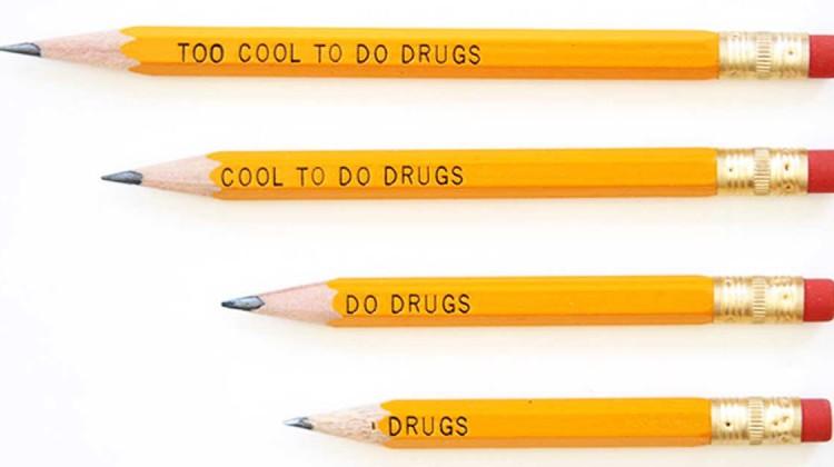 too cool to do drugs unüberlegte designs