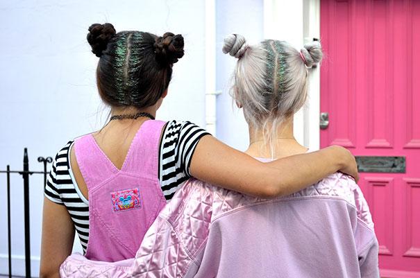 Haaransatz mit glitzer schwarz und weiß