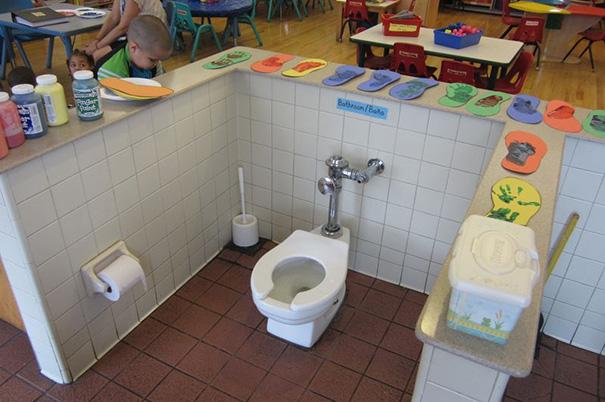 konstruktionsfehler klo im raum kindergarten