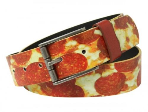 Gürtel mit Pizza