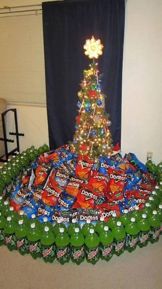 Dorito unter dem Weihnachtsbaum