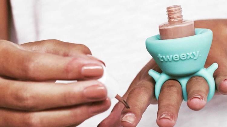 Tweexy Nagellackhalter Nägel anmalen leicht gemacht