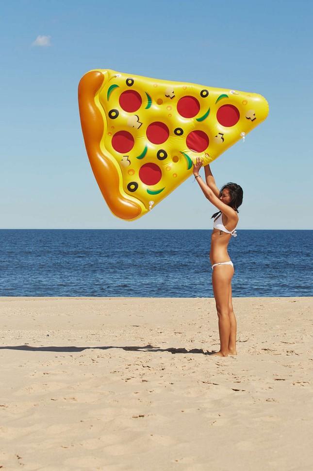 Accessoires für den perfekten Sommer pizza luftmatratze