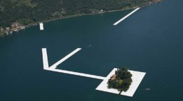 floating piers iseosee kunstausstellung