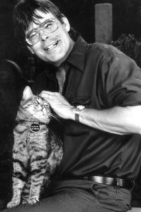 "Stephen King: ""A cat won't curry favor even if it's in their best interests to do so. A cat can't be a hypocrite. If more preachers were like cats, this would be a more religious country."""