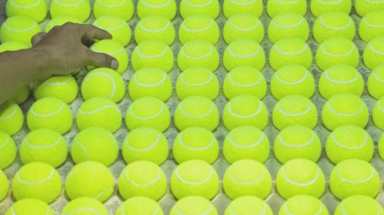 benedict redgrove produktion von tennisbälle