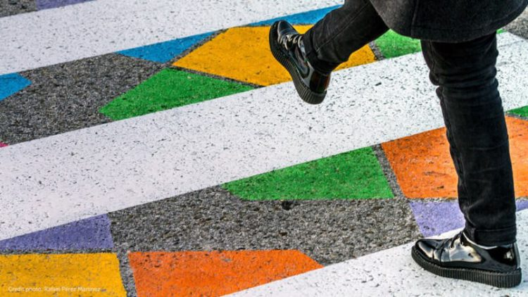 in-madrid-crosswalks-are-made-more-vibrant-to-promote-safety8-805x453