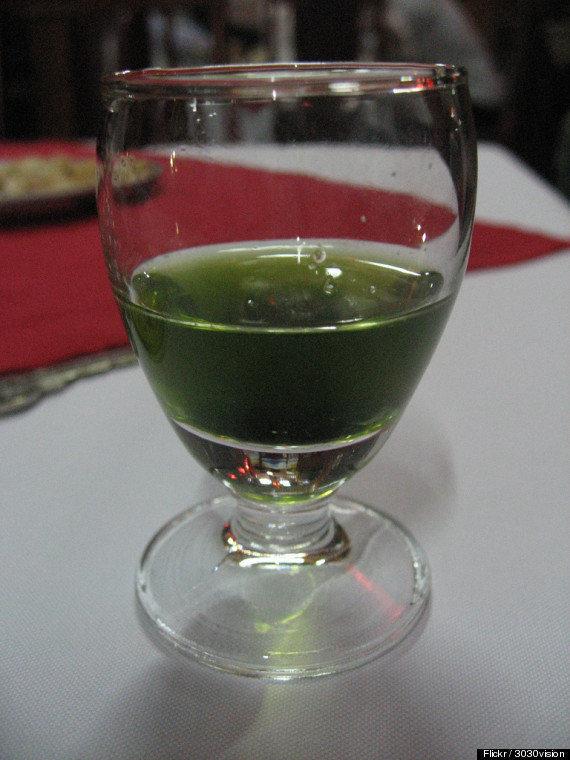snake-bile-wine
