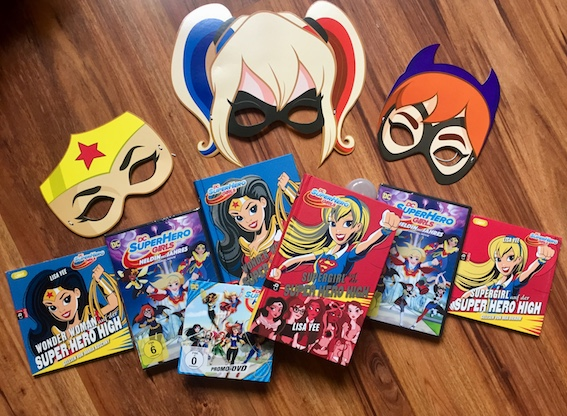 DC super hero girls fan paket